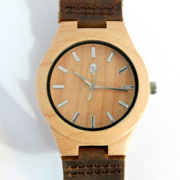 wild wood Daintree watch with maple wood face