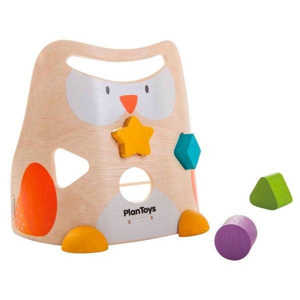sustainably and ethically made owl shaped sorting toy from plan toys